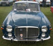 Rover P5 Coupe front
