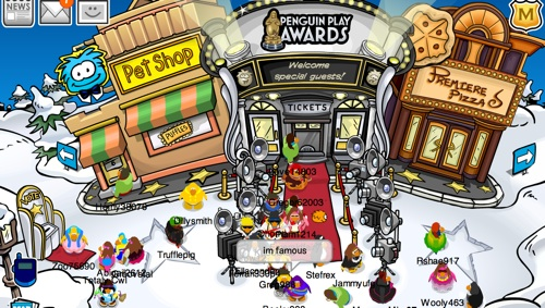 File:Plaza Penguin Play Awards.jpg