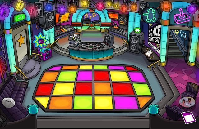 File:Danceclub puffle.png
