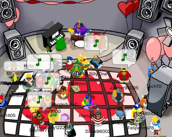 File:ValentinesParty2006PoloField.jpg