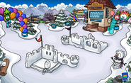 Puffle Party 2013 Snow Forts