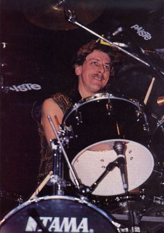 File:Dave Holland.png