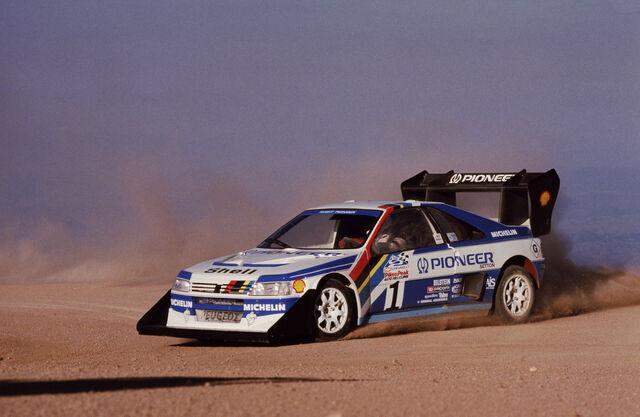 File:1988 Peugeot 405T16GRPikesPeak.jpg