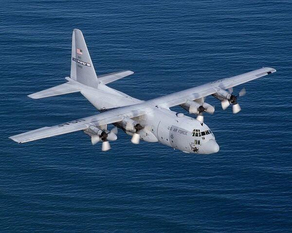 File:C-130E Hercules.jpg