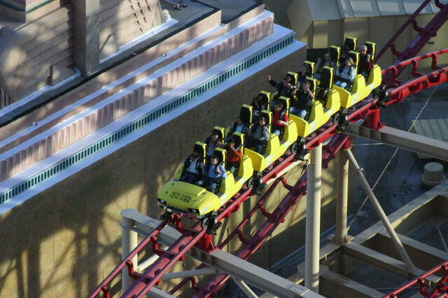 File:Roller Coaster @New York, New York Hotel & Casino.jpg