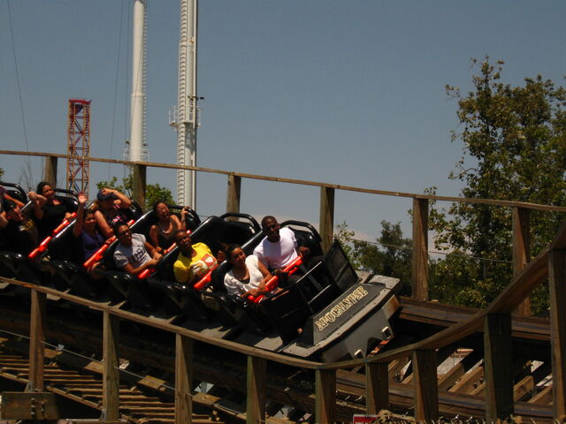 File:Apocalypse (Six Flags Magic Mountain).jpg