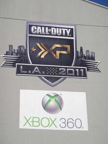 File:Call of Duty XP 2011 - XP and Xbox 360 logos.jpg