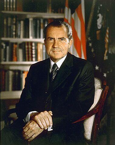 File:Nixon 30-0316a-1--1-.jpg