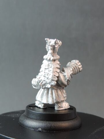 File:DEM070 Dwarf Bear Knights Champion with Power Fist rear.jpg