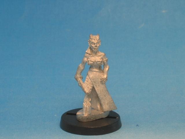 File:WF DM010 - Slauchzaritour The Succubus - body front (640x480).jpg