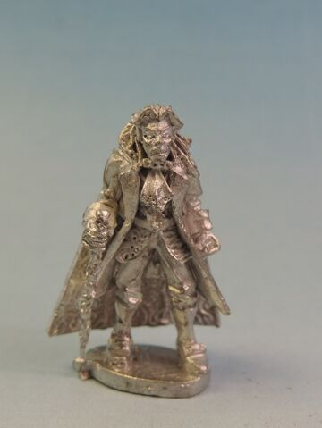 File:WF UND034 Vampire Lord with cloak.jpg