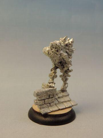 File:WF VIN008 Skeletal Santa 2.jpg