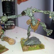 BSTR4 Hill Troll Throwing a rock 1