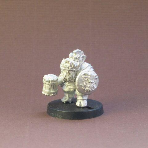 File:4A Dwarf Razorback front.jpg