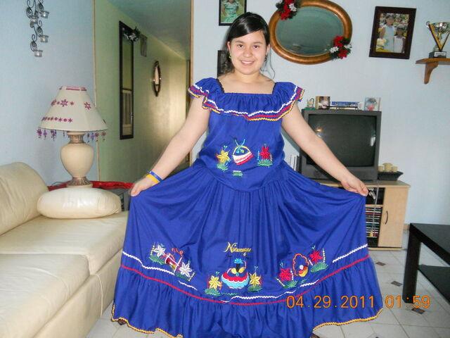 File:Traditional nicaragua dress by mars2398-d3fdzdp.jpg