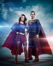 Superman & Supergirl full image
