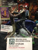 JenSDCC walkingdeadstatue
