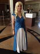 Sdcc2014-daenerys