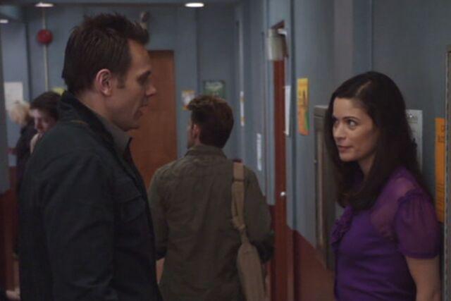 File:S01E25-Slater and Jeff makeup.jpg