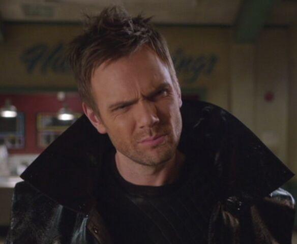 File:S04E13-Evil Jeff puzzled.jpg