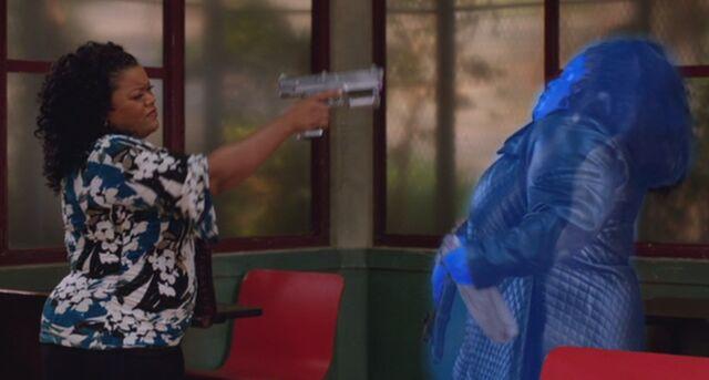 File:S04E13-Shirley shoots Evil Shirley.jpg