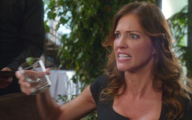 File:S04E03-Lauren giving Nigel a faceful.jpg