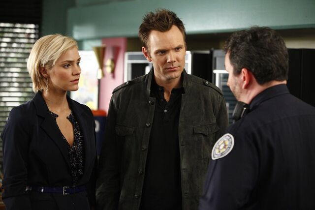 File:1x18 Promotional photo 21.jpg