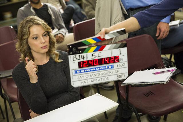 File:5x2 Behind the scenes photo 3.jpg