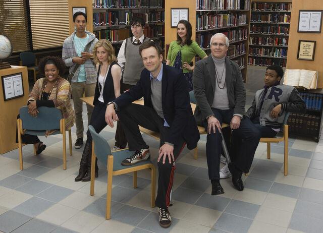 File:Season One Cast (Early).jpg
