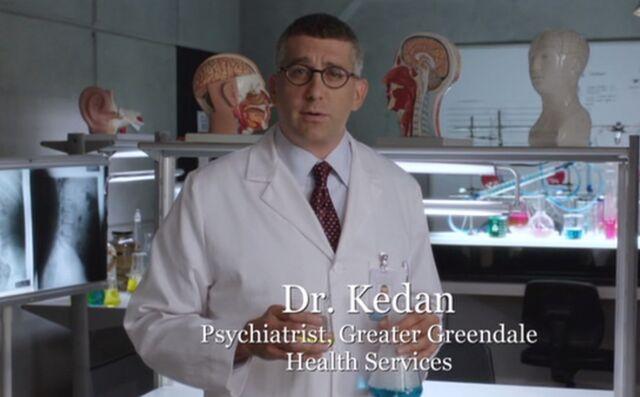 File:S04E06-Ken Kedan in lab.jpg