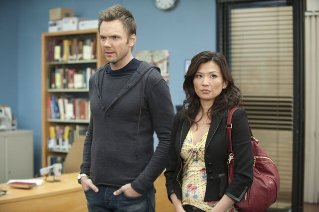 File:2x20 Promotional photo 9.jpg