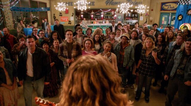 File:4x8 Sadie Hawkins dance crowd.jpg