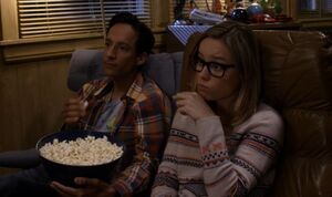 S05E06-Abed and Rachel watching TV