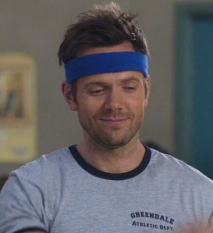 File:S02E21-Jeff skipping rope.jpg