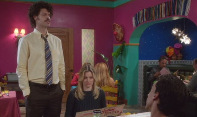 File:S04E11-Senor Kevin manager Abed and Britta.jpg