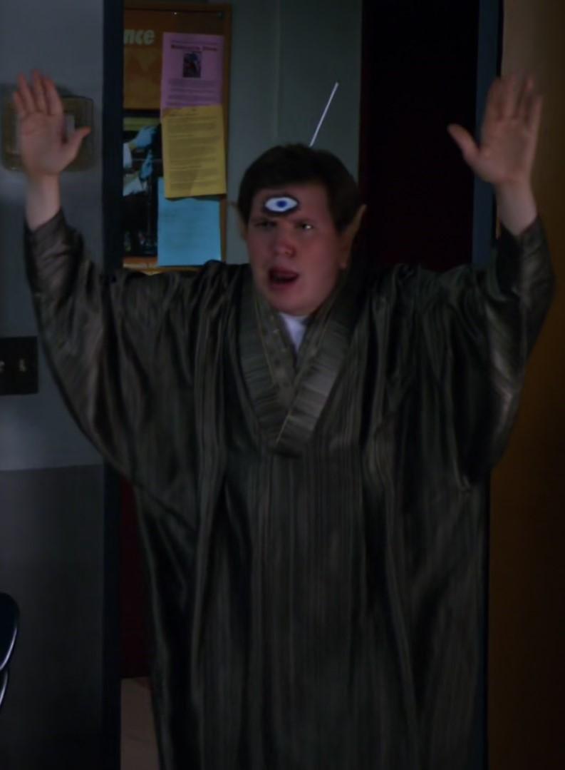 File:S01E05-Alien Garrett.jpg