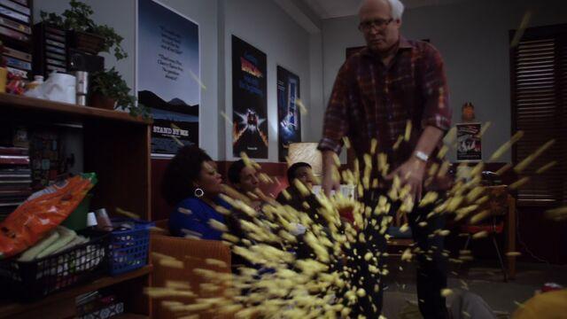 File:S01E15-Pierce popcorn fall.jpg