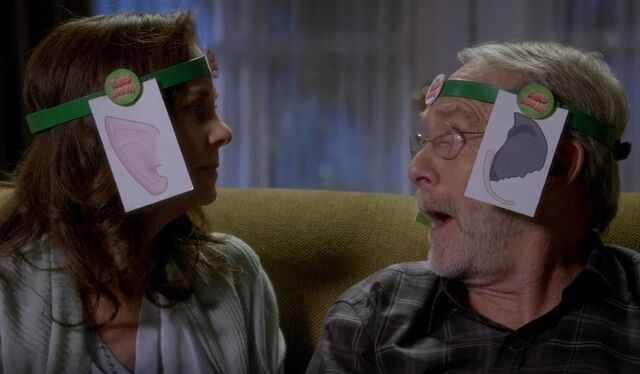 File:S06E07-Deb and George Ears Have It.jpg