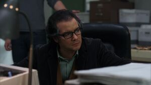 2x09-Garrity time desk