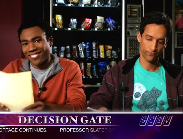 File:S02E17-Troy and Abed GCTV.jpg