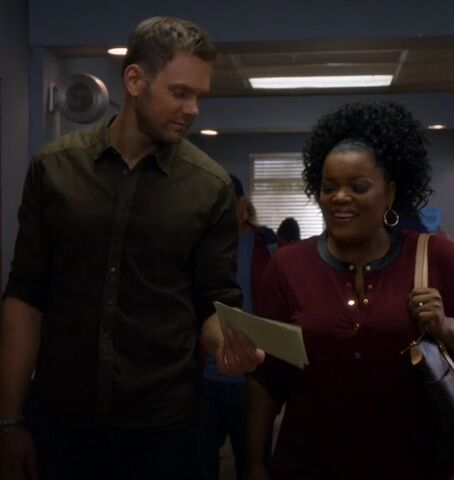 File:S05E08-Shirley and Jeff announcement.jpg