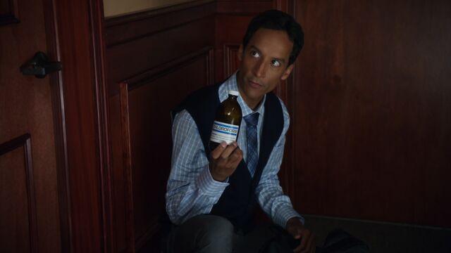 File:2x2 Abed chloroform.jpg