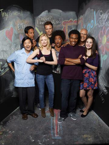 File:Community Season Two promotional cast photo 1.jpg