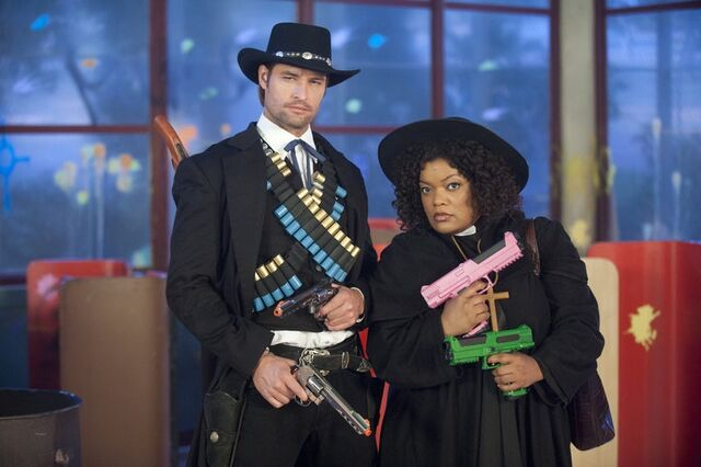 File:2x23 Promotional photo 25.jpg