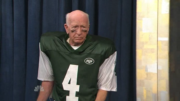 File:The New York University Brett Favre at the End of This Season 1.png