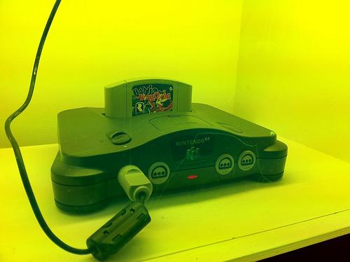 File:Nintendo 64 (with Banjo Kazooie).jpg
