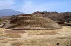 Pyramid 2 xaret