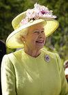 Elizabeth II greets NASA GSFC employees