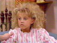 Stephanie-Tanner-full-house-446313 640 480
