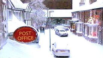 File:Snow covered street.jpg